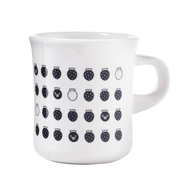 Suicaのペンギン マグカップ イチゴ(ブラック)