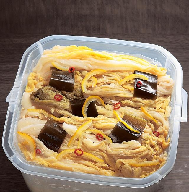 \予約品/山東菜(さんとうさい)の樽漬け 2kg (特典付) 11月10日まで 送料込