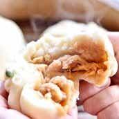 栃木県ツルミ食堂 ツルミのカツ煮まん8個 送料無料<ストック品>