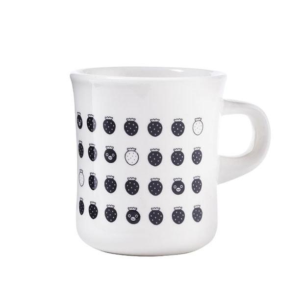 Suicaのペンギン マグカップ(イチゴ・ブラック)